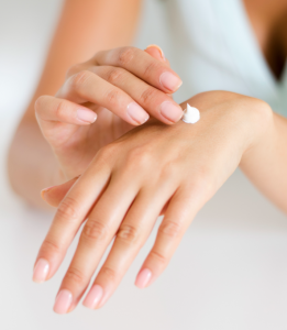 Moisturiser vs. Serum- What's the Difference - Lotion